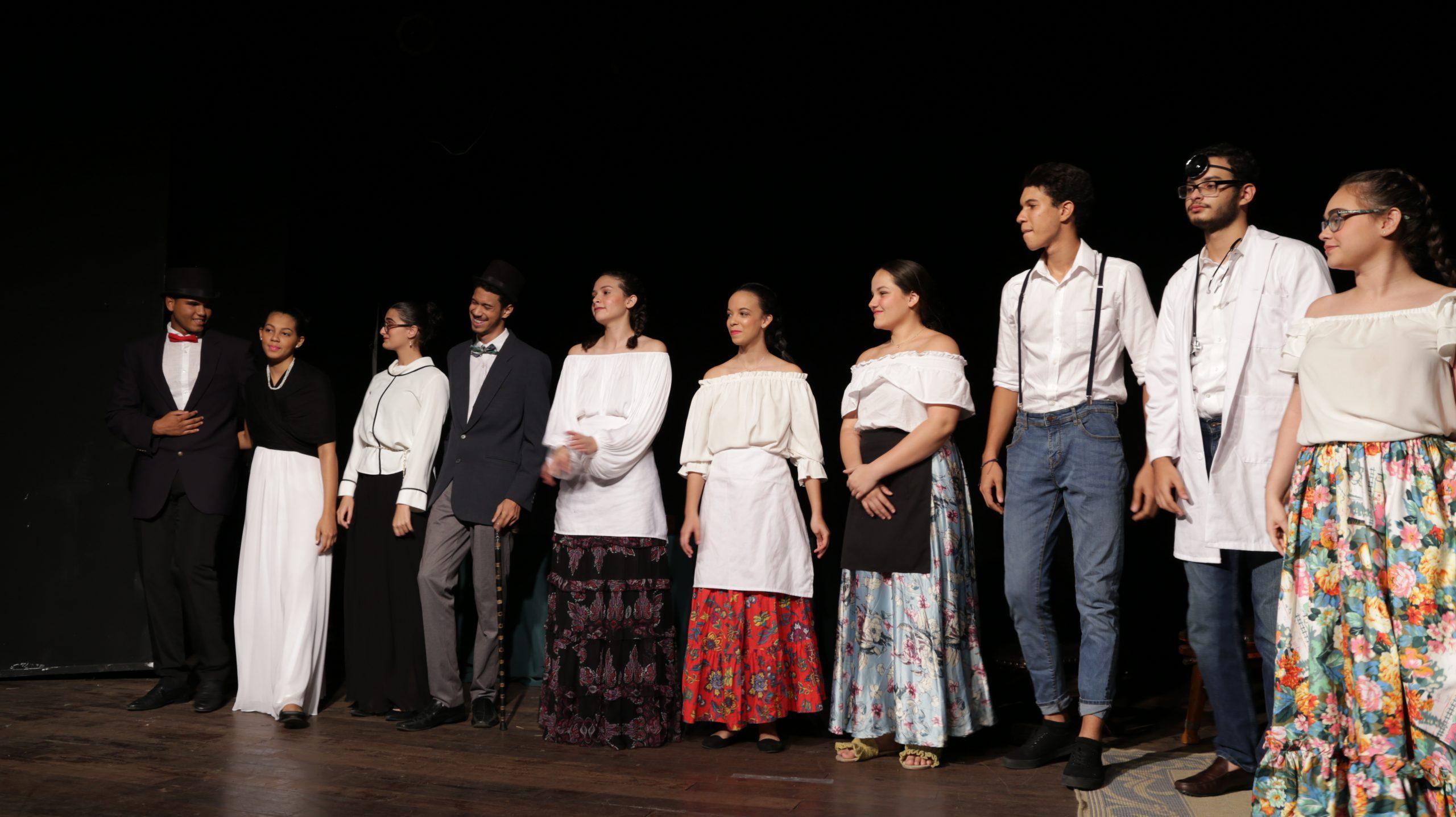 """Teatro """"Médico a Palos"""""""